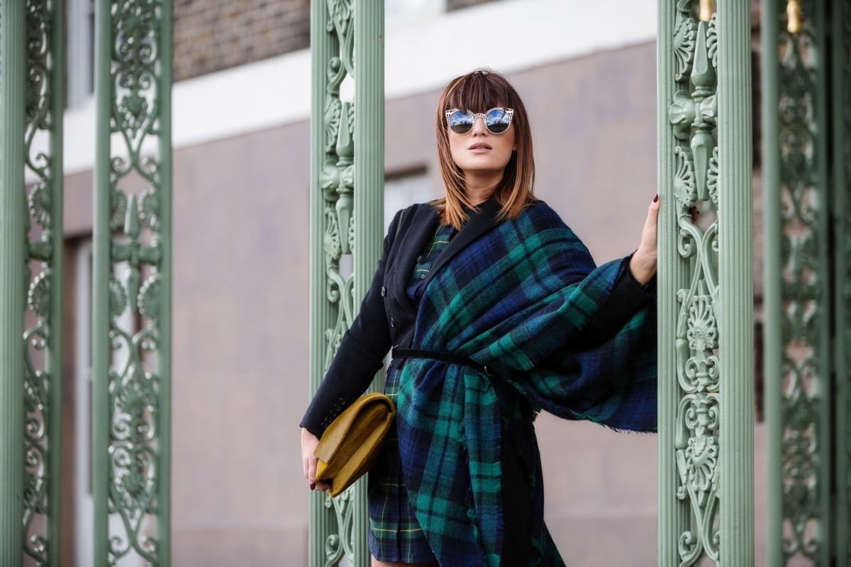 How to wear scottish tartan