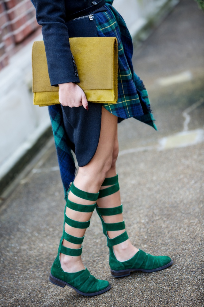 London Fashion Week, Tartan, Scottish, Carmen Negoita7