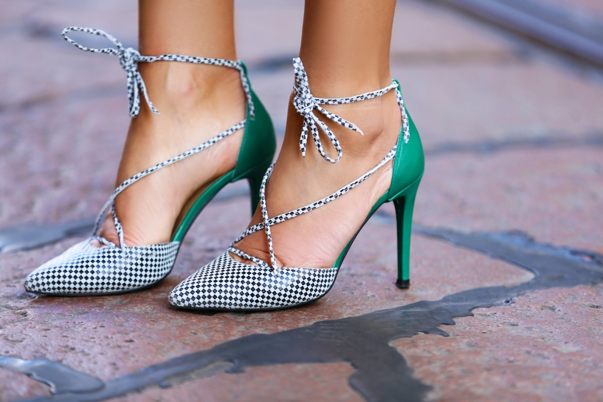 Green coat, Milan Fashion Week, Carmen Negoita, (11)