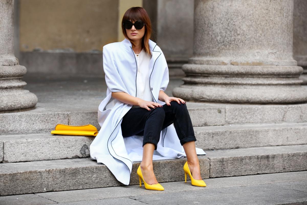 Yellow shoes, Cape, Carmen Negoita, Milan Fashion Week1 (3)