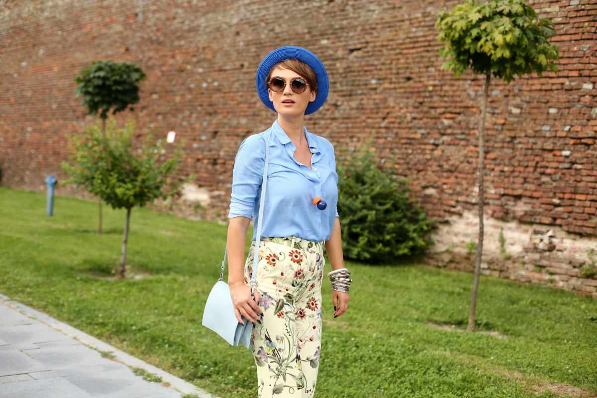 Carmen-Negoita-Blog-Alba-Iulia-Feeric-Fashion-Days-2015-Blue-Hat