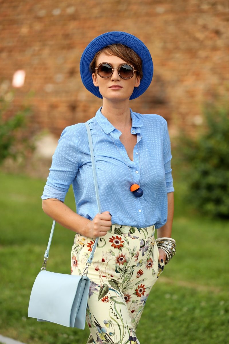 Carmen-Negoita-Blog-Blue-Hat-OtherStories