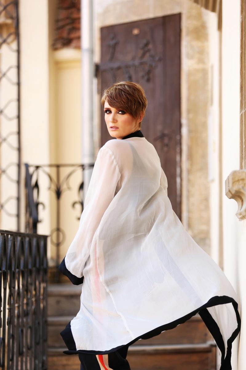 Carmen-Negoita-Blog-Smaranda-Almasan-White-Kimono