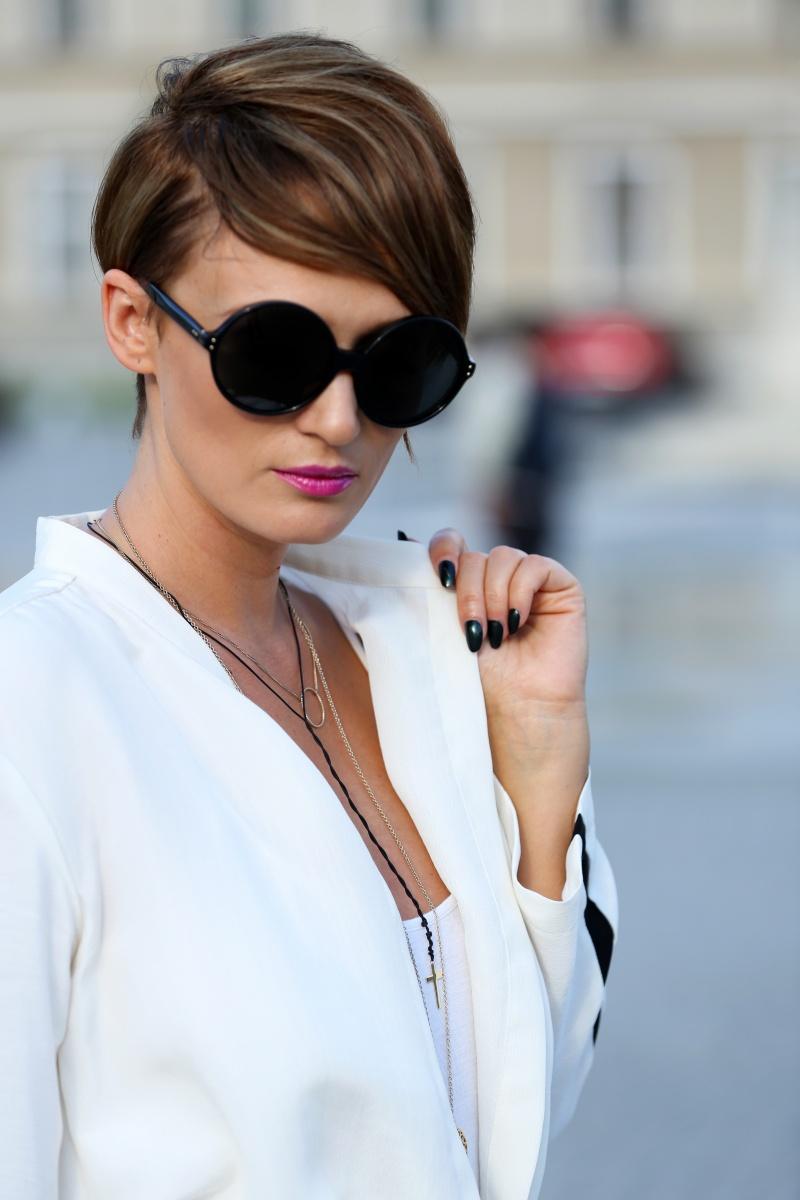 Carmen-Negoita-Linda-Farrow-Sunnies-At-Feeric-Fashion-Days-Alba-Iulia