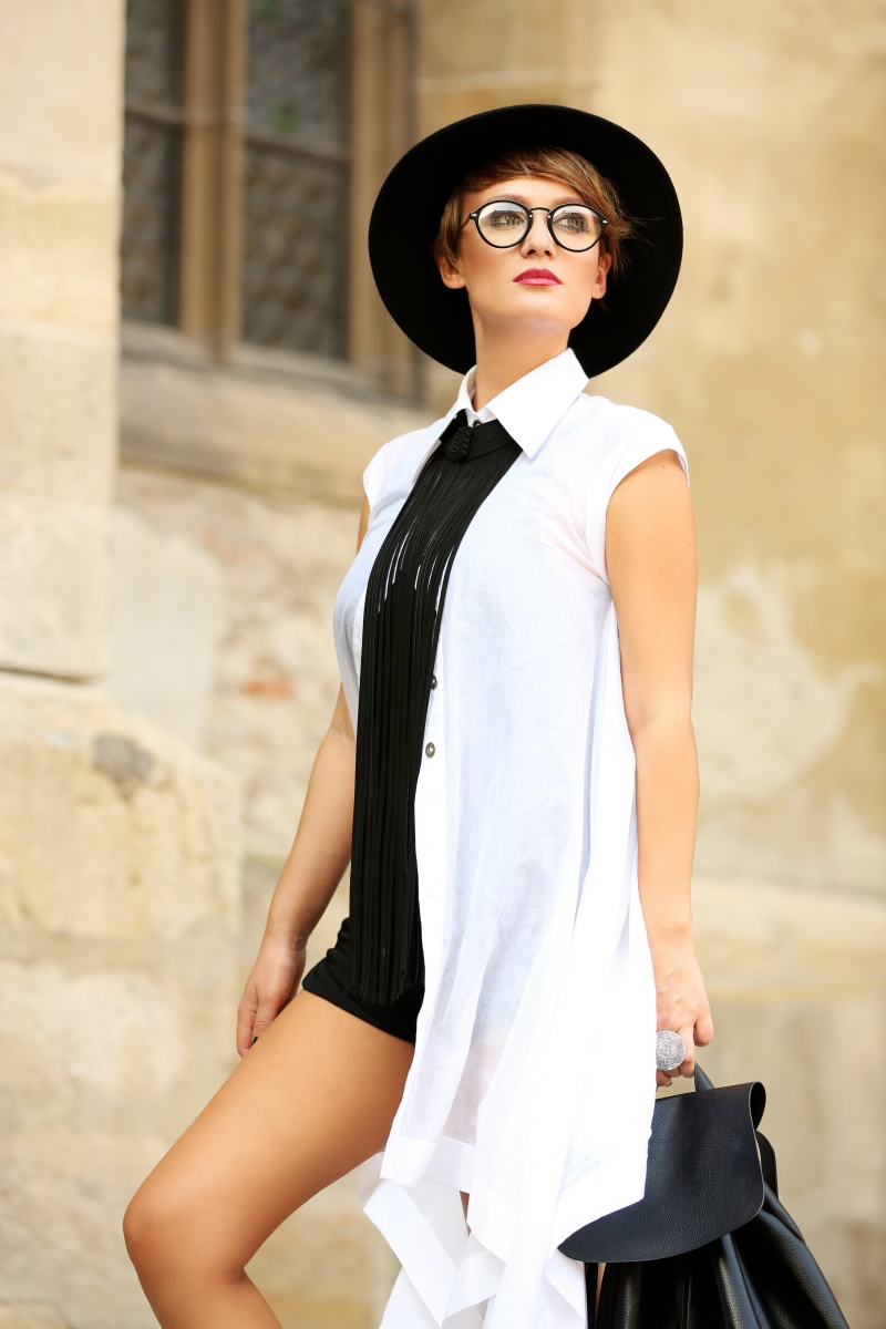 Carmen-Negoita-Blog-Band-Of-Creators-White-Shirt