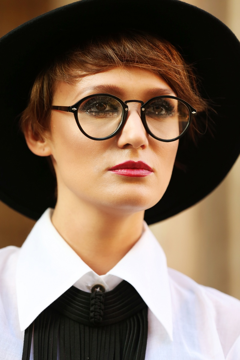 Carmen-Negoita-Blog-Round-Opticals