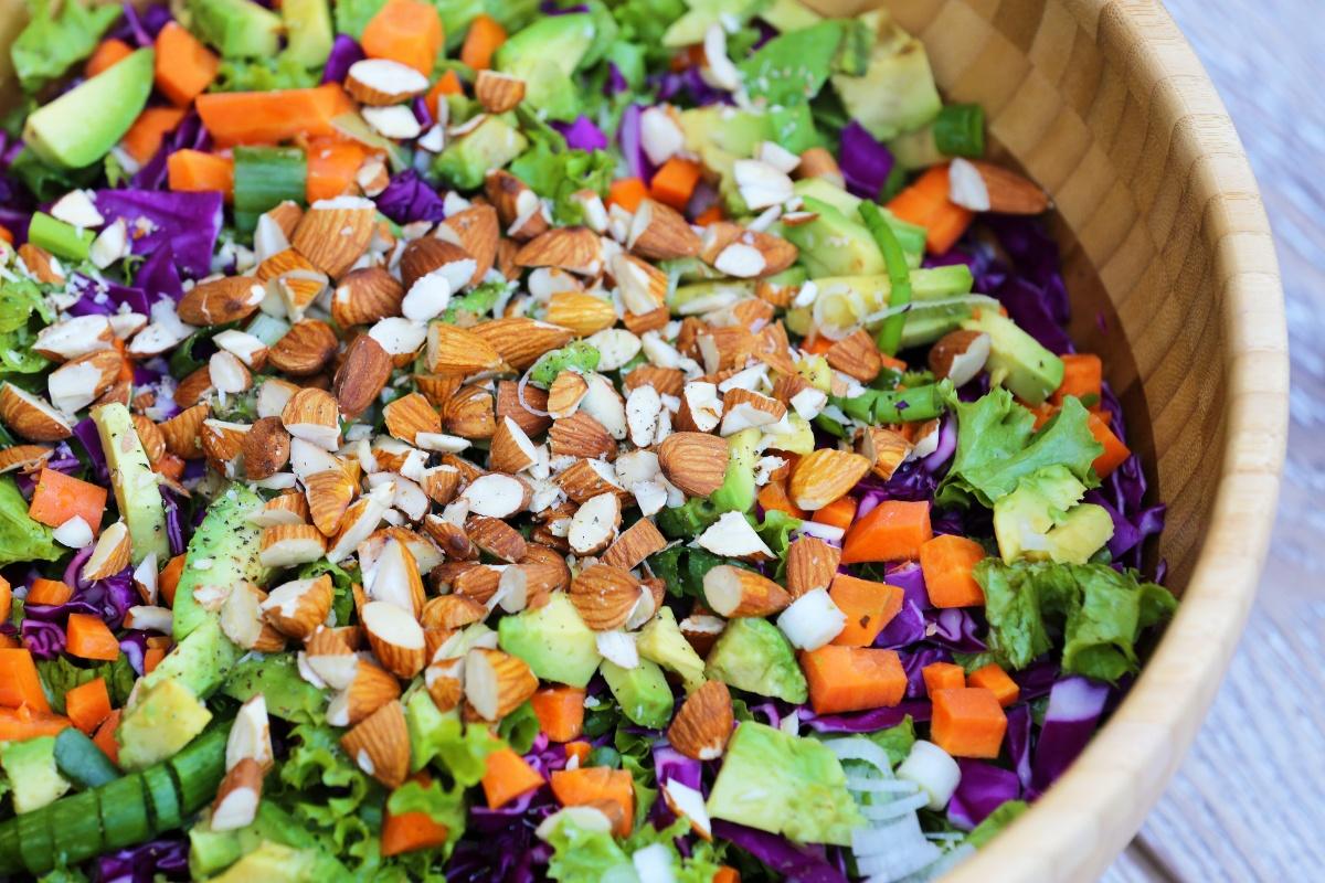 carmen-negoita-salata-detox-crunchy (1)