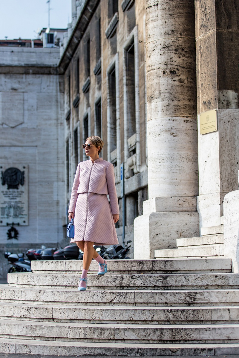 rose-quartz-serenity-milan-fashion-week-street-style (1)