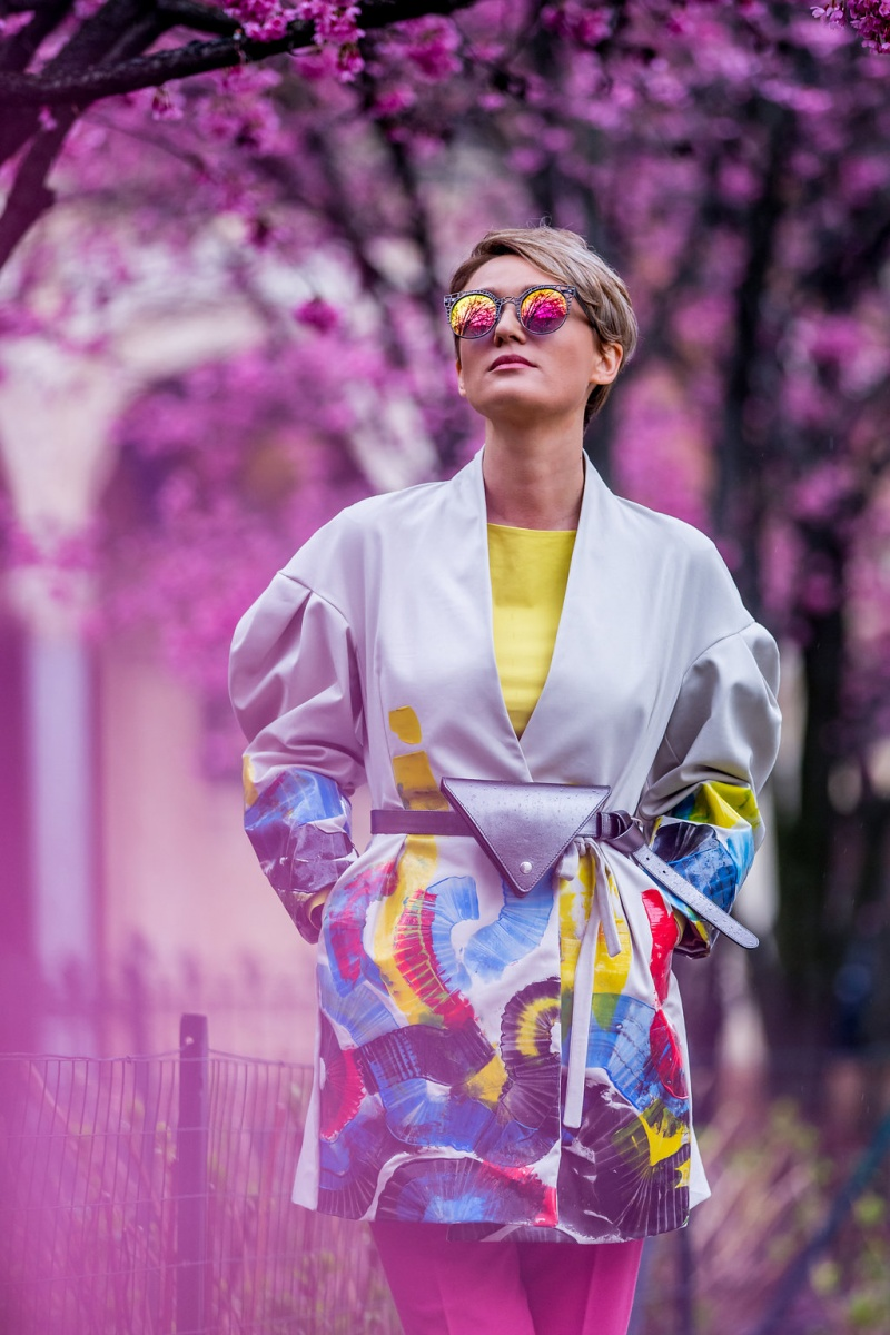 Milan-Fashion-Week-vivid-colors-street-style (8)